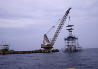 但馬沿岸中地区大型漁礁設置工事
